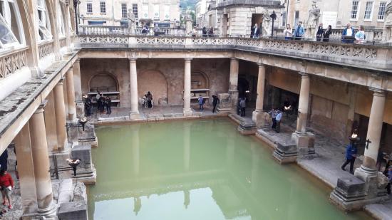 La piscine des thermes romains